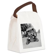 Crashed Ford Model T Canvas Lunch Bag