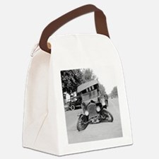 Crashed Ford Model T Canvas Lunch Bag