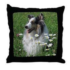 z w daisy Throw Pillow