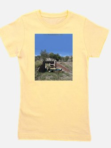 57 Ford fairlane - train bridge - Small Girl's Tee