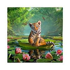 JL_Tiger Lily Queen Duvet
