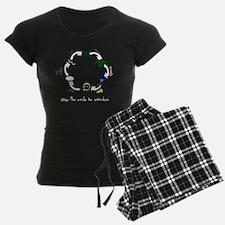 Circle black with words Pajamas