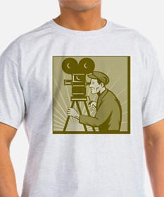 Vintage movie film camera and direct T-Shirt