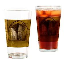 mala strana Drinking Glass
