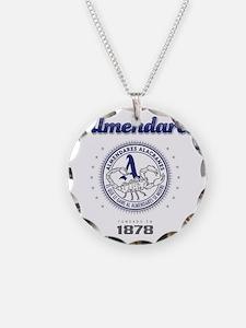AlmendaresL1_Light Necklace