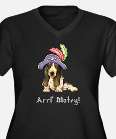 Basset Pirate Plus Size T-Shirt