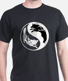 yin_yang_dogs_dark T-Shirt