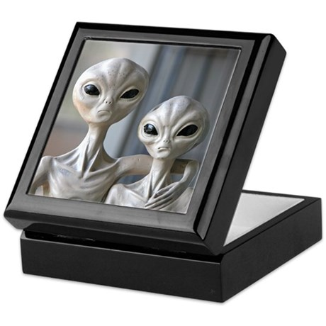 Alien Couple - Tile Gift Box