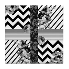 Trendy Black and White Floral Lace St Tile Coaster