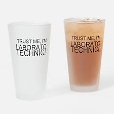 Trust Me, Im A Laboratory Technician Drinking Glas