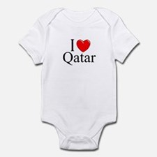 """I Love Qatar"" Infant Bodysuit"