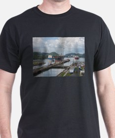 Panama: Miraflores Locks at t T-Shirt