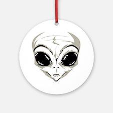 Lucky7's Alien Head Round Ornament