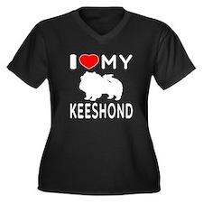 I Love My Keeshond Women's Plus Size V-Neck Dark T
