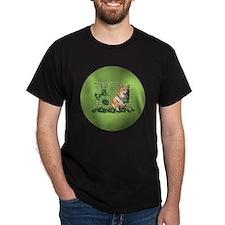 Corgi_Lucky_Charm_Circle T-Shirt