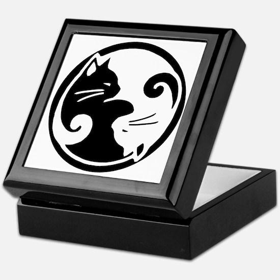 yin-yang-cat Keepsake Box