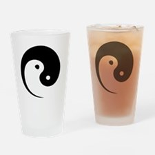 2-yinyang_hat Drinking Glass