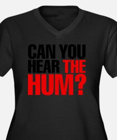 the_hum Women's Plus Size Dark V-Neck T-Shirt