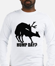 Mule deer hump day Long Sleeve T-Shirt