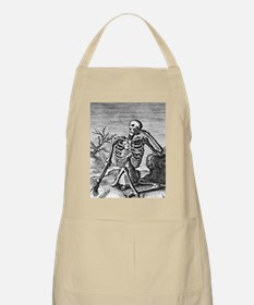 skelchest_black Apron