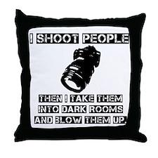 I-shoot-people2 Throw Pillow