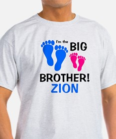 imthebigbrother_bluefeet_pinkfeet_ZI T-Shirt