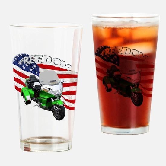 AB08 C-2K FREE GREEN Drinking Glass