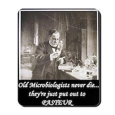 3-Pasteur3 Mousepad