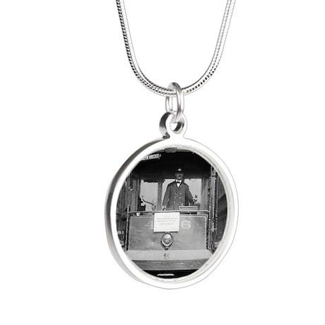 Brooklyn Bridge Trolley Silver Round Necklace