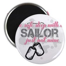 Be safe sleep with a Sailor Magnet