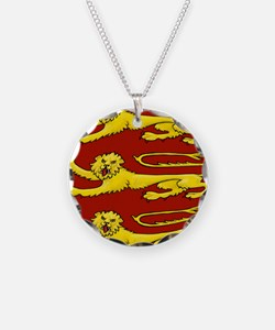 lion passant for round thing Necklace
