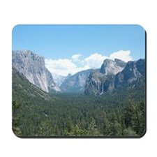 tunnel-view-clock Mousepad