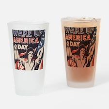 wakeday10x10 Drinking Glass