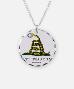 Gadsden_shirt Necklace Circle Charm