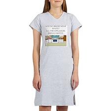 mcp joke Women's Nightshirt