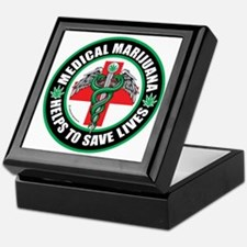 Medical-Marijuana-Helps-Saves-Lives Keepsake Box