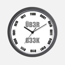 ÜB3R G33K Binary Wall Clock