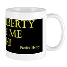 give me liberty_black_gold Mug