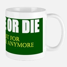 live free or die_dark green_white Mug