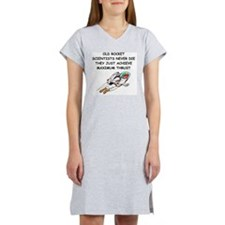 ROCKET scientist Women's Nightshirt