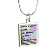 traits nrrow Silver Square Necklace