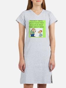 doctor joke gifts t-shirts Women's Nightshirt