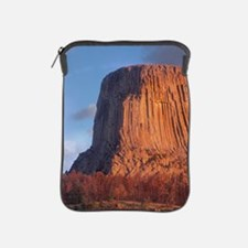Devil's Tower National Monument, Wyomi iPad Sleeve