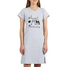 Anniversary black and white 5 Women's Nightshirt