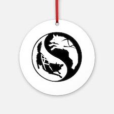 yin_yang_dogs Round Ornament