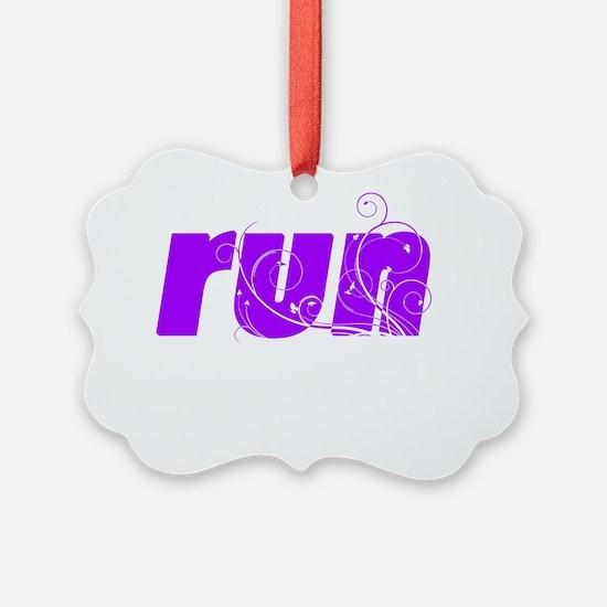 p_runlg_white Ornament