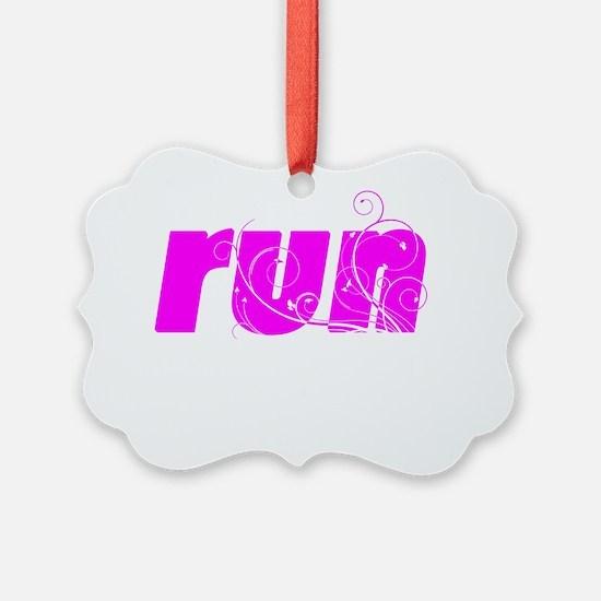 runlg_white Ornament