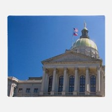 The Georgia State Capitol building i Throw Blanket