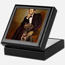 MP-Lincoln - Chocolate Labrador 11-c Keepsake Box