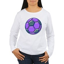 soccer glass bev purp  T-Shirt